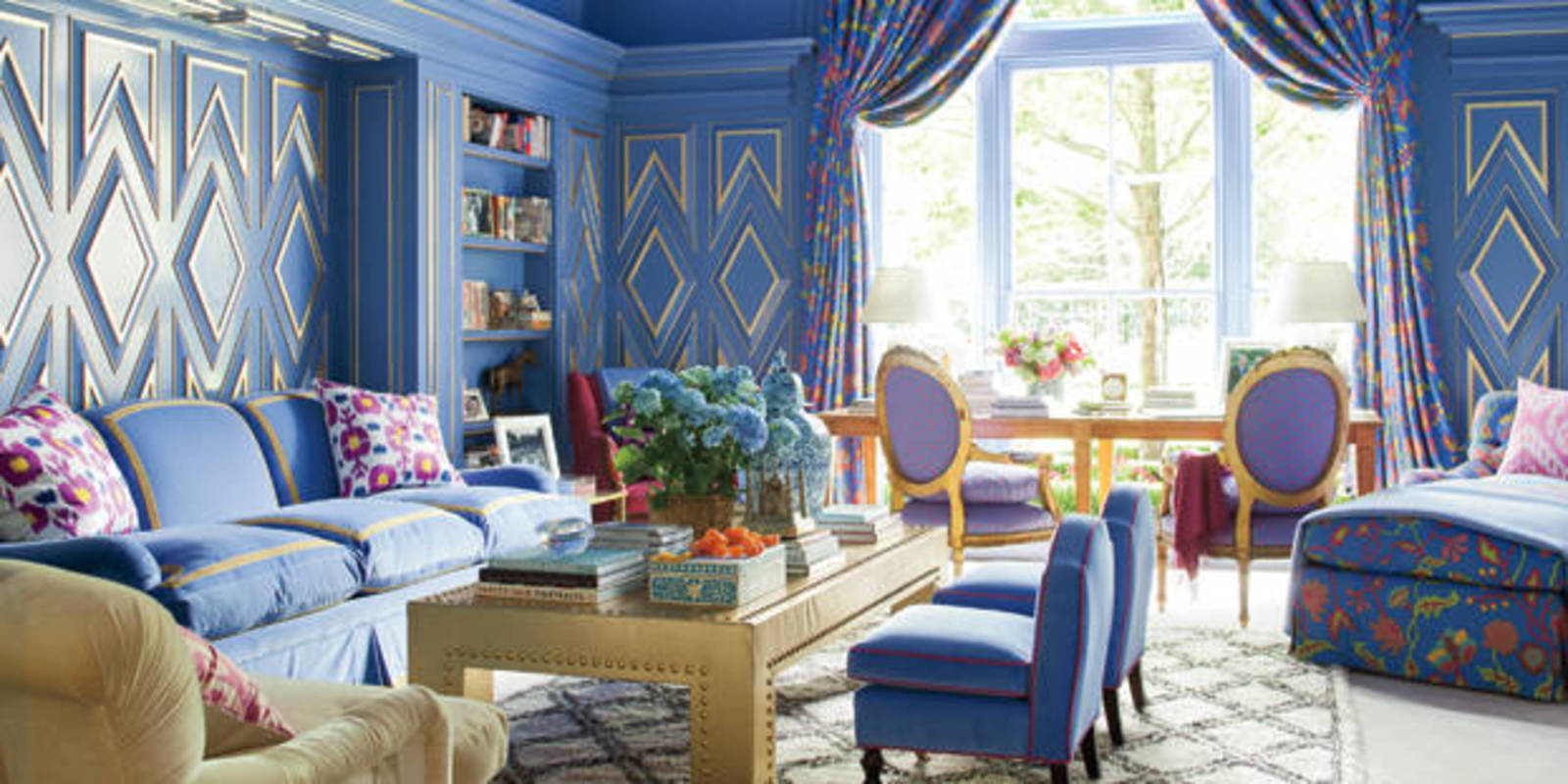 Best blue rooms blue decorating ideas for Colorful interior design ideas