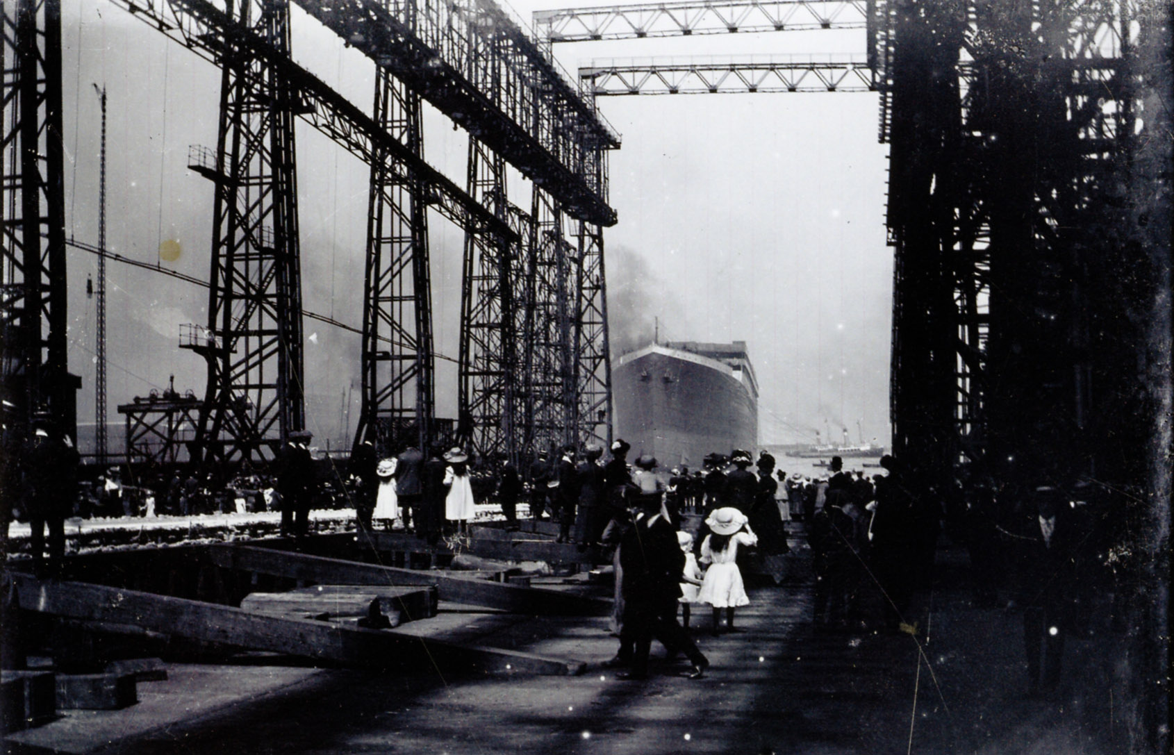 Never Before Seen Photos Of The Titanic Are Going Up For