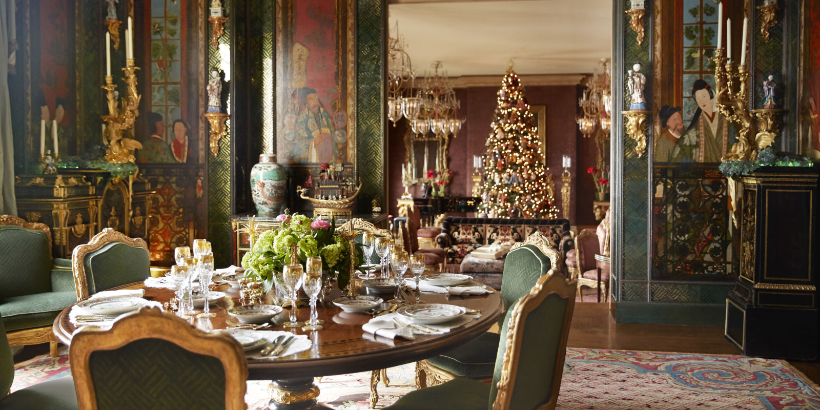 Christmas Decorated House San Francisco : Gold christmas decorations ann and gordon getty s san